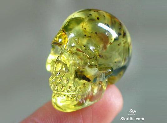 какой самый дорогой желтый камень что бегайте