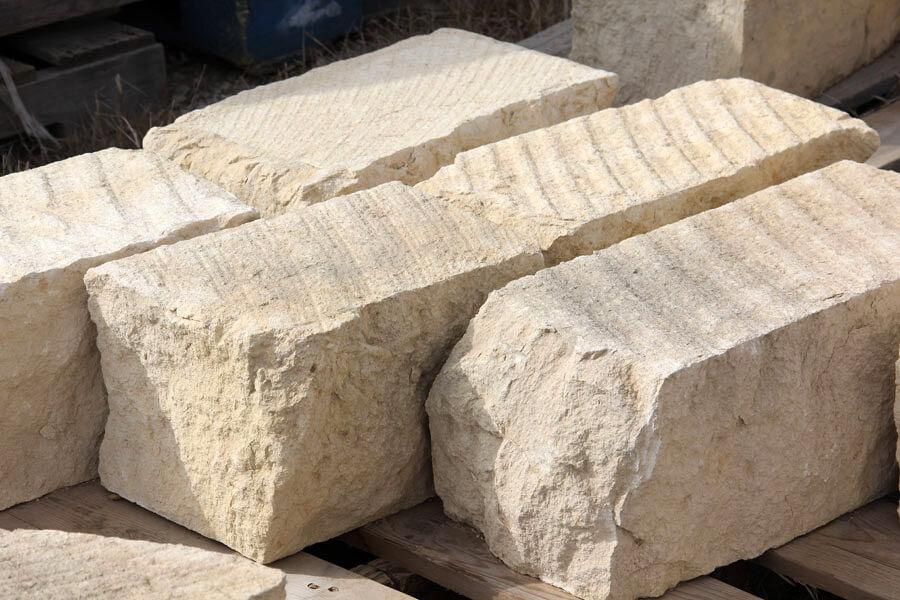 Камень известняк и его свойства. Строительный камень