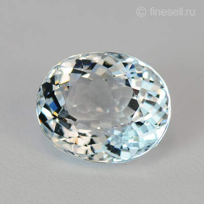 Natural aquamarine from Brazil