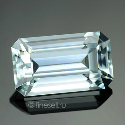 Natural Aquamarine - 3.81 Ct.
