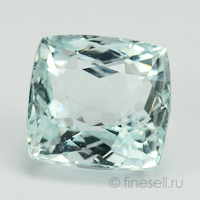 Natural big aquamarine gemstone - 13.63 Ct.