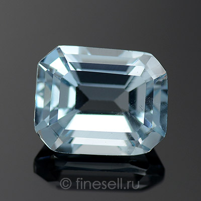 Натуральный Light sky blue Аквамарин - 2.95 Ct.