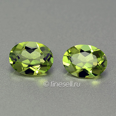 Natural chrysolite oval pair