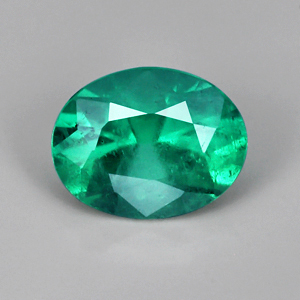 Natural colombian emerald loose gemstone 0.74 Ct