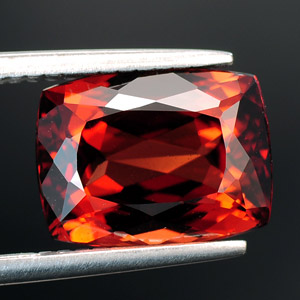AAA Quality Loose Natural Garnet gemstone 4.10 Ct