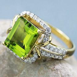 Перидот - перстень, кольцо