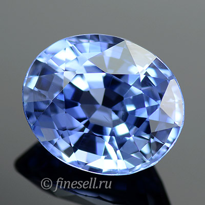 Натуральный светло-синий цейлонский сапфир