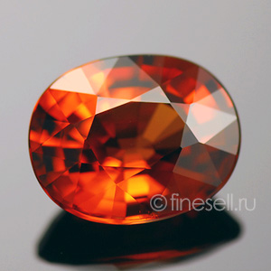 Loose spessartine gemstone photo