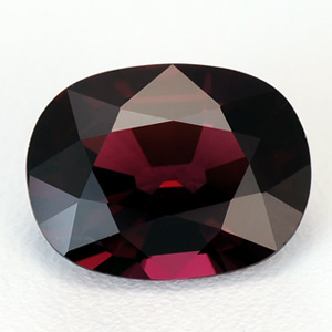 Deep Raspberry Red Top Quality Perfect Oval Cut Natural Spinel Gemstone 3.76 Ct