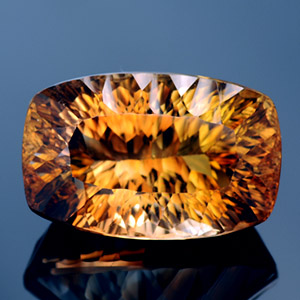 Natural cognac colored Topaz 19.30 Ct