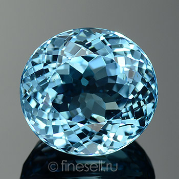 Loose natural sky blue topaz oval 12.56 Ct