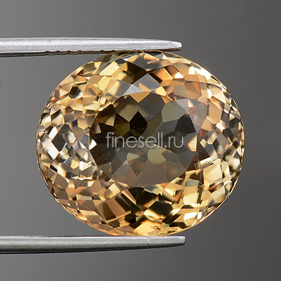 Natural light brown topaz - 15.96 Ct