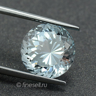Loose Natural Topaz Fine quality round cut